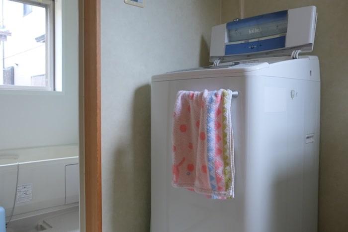 洗面所のカビ対策 タオル掛けの場所変更